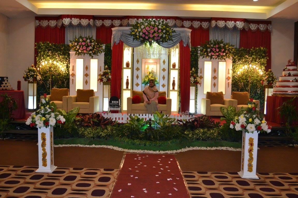 Paket Rias dan Dekorasi by Fajar Wedding Organizer