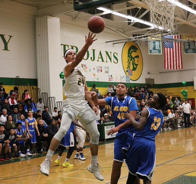 Trojans dethrone Monarchs on Senior Night