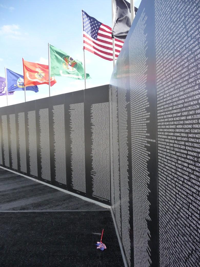 images/Traveling Vietnam Memorial Wall/traveling-vietnam-memorial-wall-3_8495584145_o