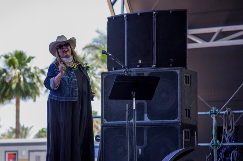 images/Stagecoach 2013 Day 1/commander-codys-nicolette-larson_8685386290_o