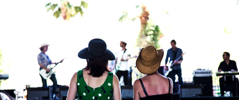 images/Stagecoach 2013 Day 2/two-girls-enjoying-the-opening-saturday-act_8687208184_o