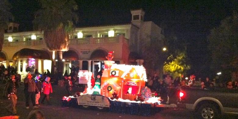 images/Palm Springs Festival of Lights Parade 2013/realtors_11274528545_o