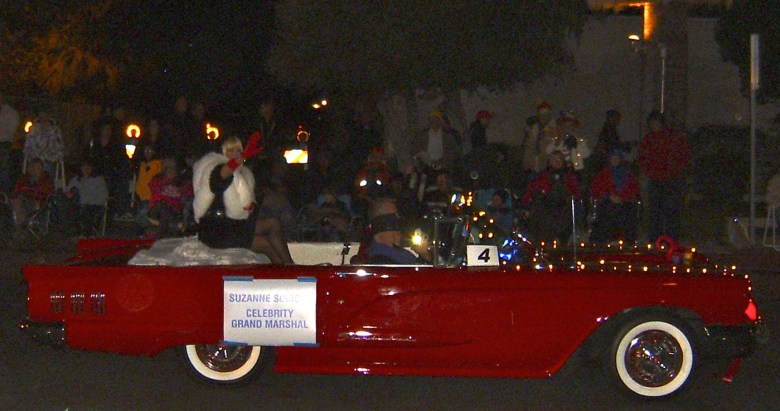 images/Palm Springs Festival of Lights Parade 2013/suzanne-somers_11274200606_o