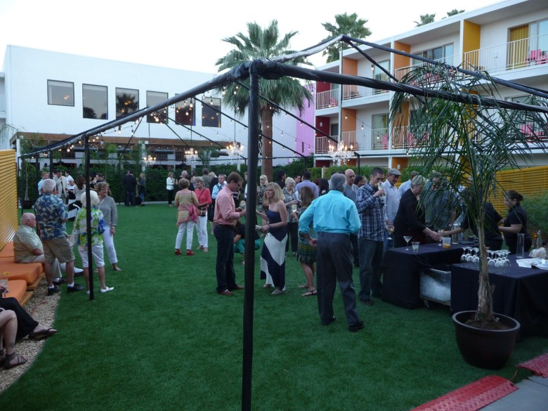 images/2014 PD Food and Wine Festival and Taste of the Saguaro/sipping-as-the-sun-sets_13358526724_o