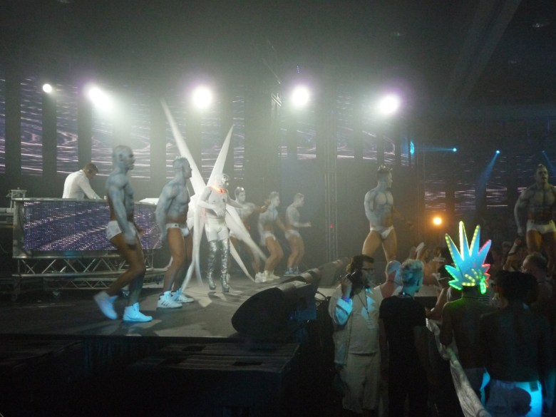 images/White Party 2014/dancers-on-the-stage_14057271173_o