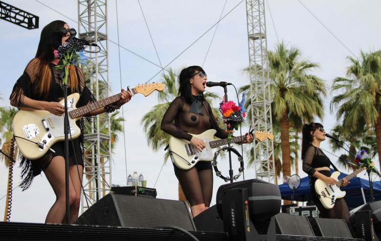 images/Coachella 2014 Weekend 2 Day 1/dum-dum-girls_13916734012_o