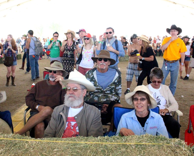 images/Stagecoach 2014 Day 2/the-mustang-stage-crowd_14034791511_o