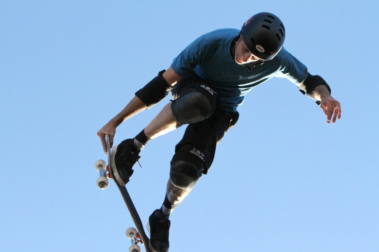 images/The 2015 El Gato Classic/tony-hawk-flies_16191024907_o
