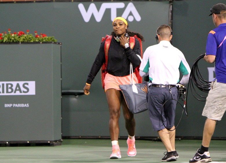 images/BNP Paribas Open 2015 The Return of Serena Williams/walking-on-to-the-court_16191469074_o