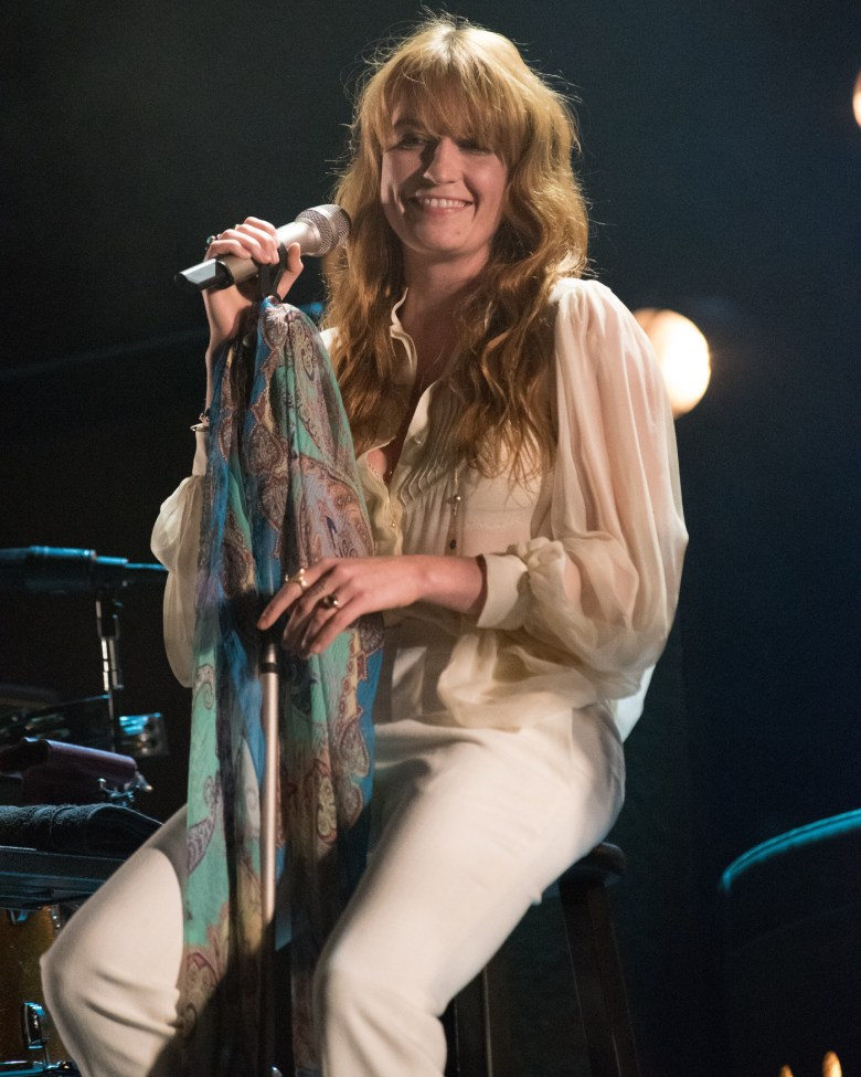images/Coachella 2015 Weekend 2 Day 3/florence-and-the-machine_16596347013_o