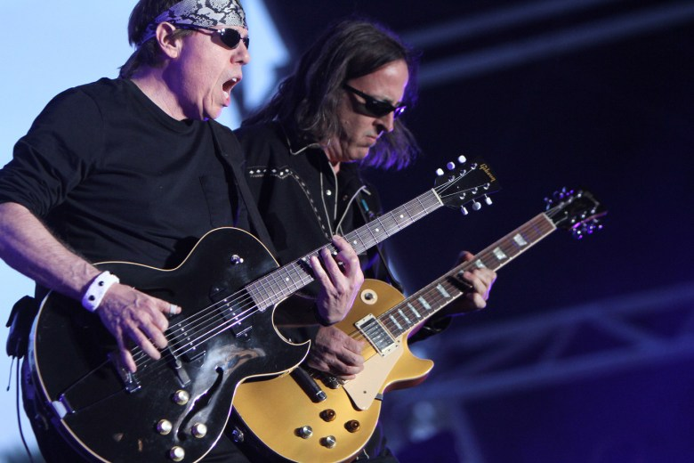 images/Stagecoach 2015 Day 3/george-thorogood-and-the-destroyers_17292260482_o