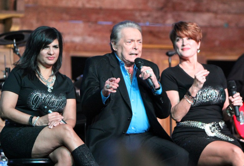 images/Stagecoach 2015 Day 2/mickey-gilley_17092328720_o