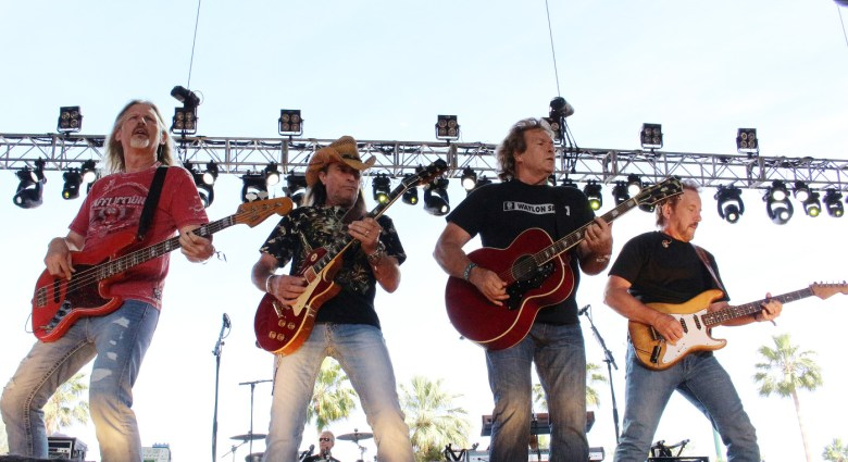 images/Stagecoach 2015 Day 3/outlaws_17268133096_o