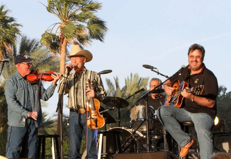 images/Stagecoach 2015 Day 1/the-time-jumpers_17080417838_o