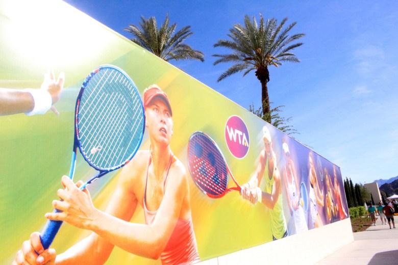 images/BNP Paribas Open 2016 Week One/BNP.Paribas.2016_M.Sharapova.mural
