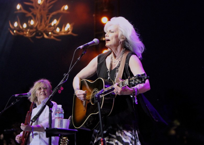 images/Stagecoach 2016 Day 1/2016.Stagecoach_Emmylou.Harris.2