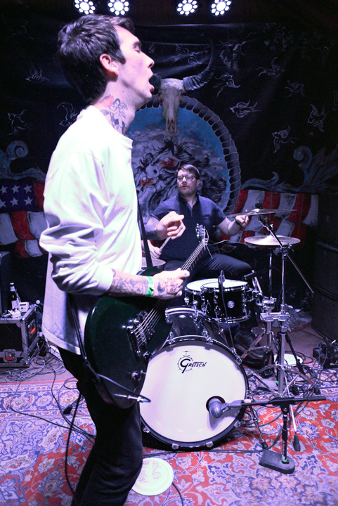 images/Joyce Manor at Pappy and Harriets/BarryJohnson