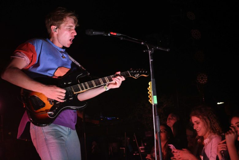 images/Glass Animals at Pappy and Harriets on April 19/DSC_5214