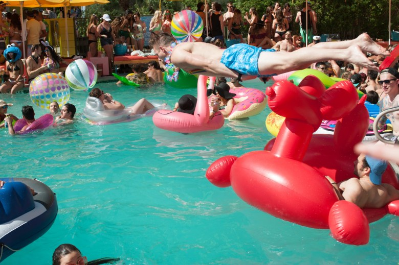 images/Splash House June 2017/Dive