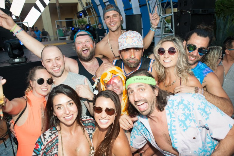 images/Splash House June 2017/Partygoers