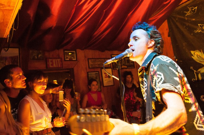 images/Black Lips at Pappy and Harriets/HappyAudience