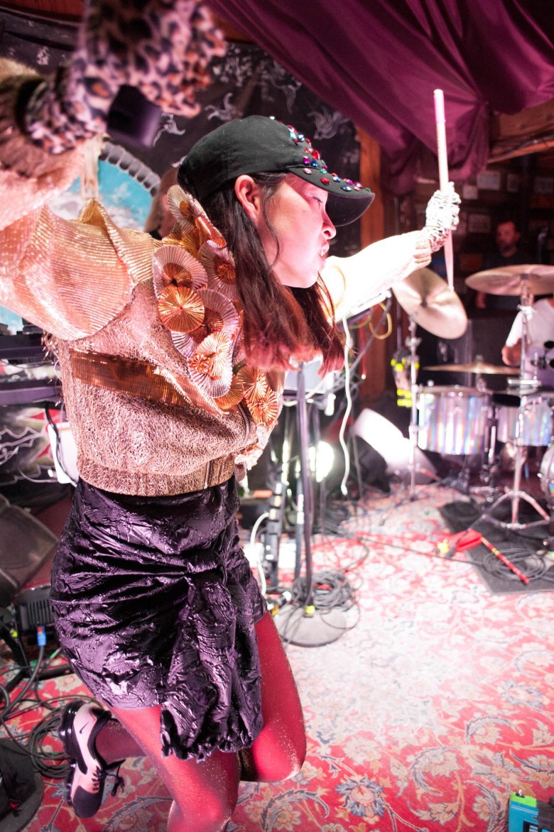 images/Little Dragon at Pappy and Harriets/DSC_6176