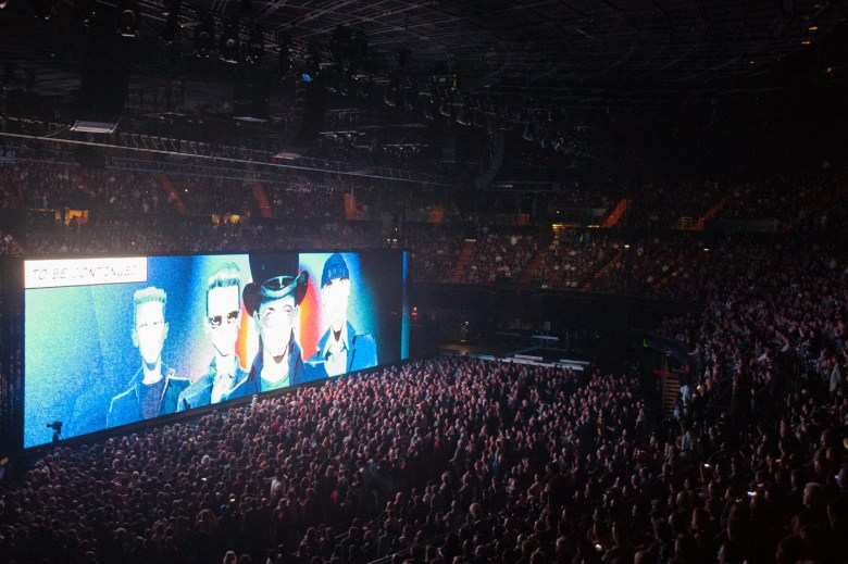 images/U2 at The Forum/DSC_7879