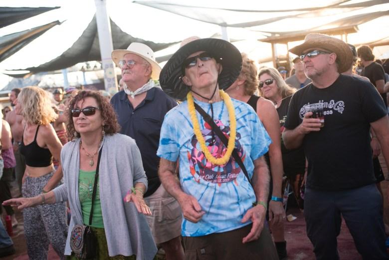images/Joshua Tree Music Festival October 2018/Fans