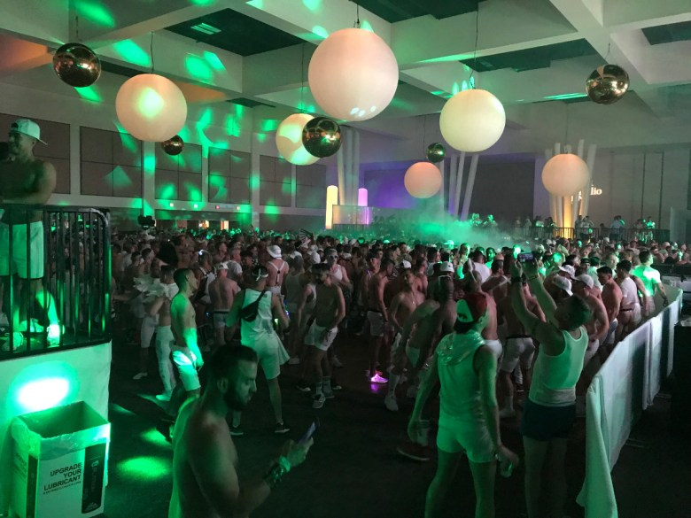 images/White Party 2019/IMG-3148