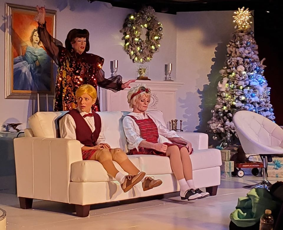 Christmas With The Crawfords 2021 Campy Comedy At Its Best Desert Rose Again Celebrates Christmas With The Crawfords Coachella Valley Independent