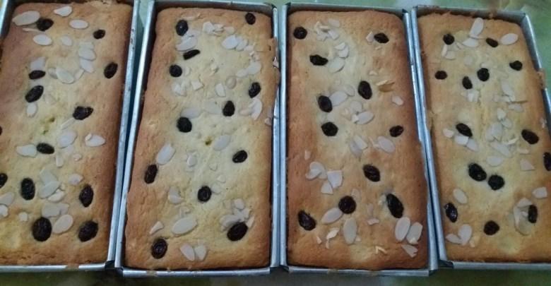 Puding roti tawar