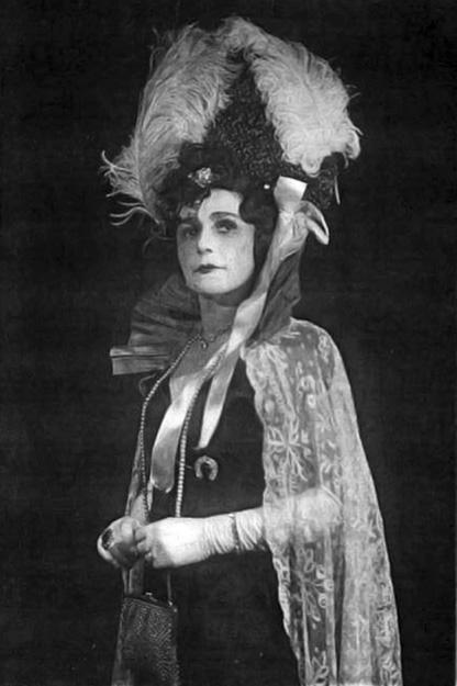 В.А. Короткевич в роли Марицы в театре Музкомедии, 1938 г.