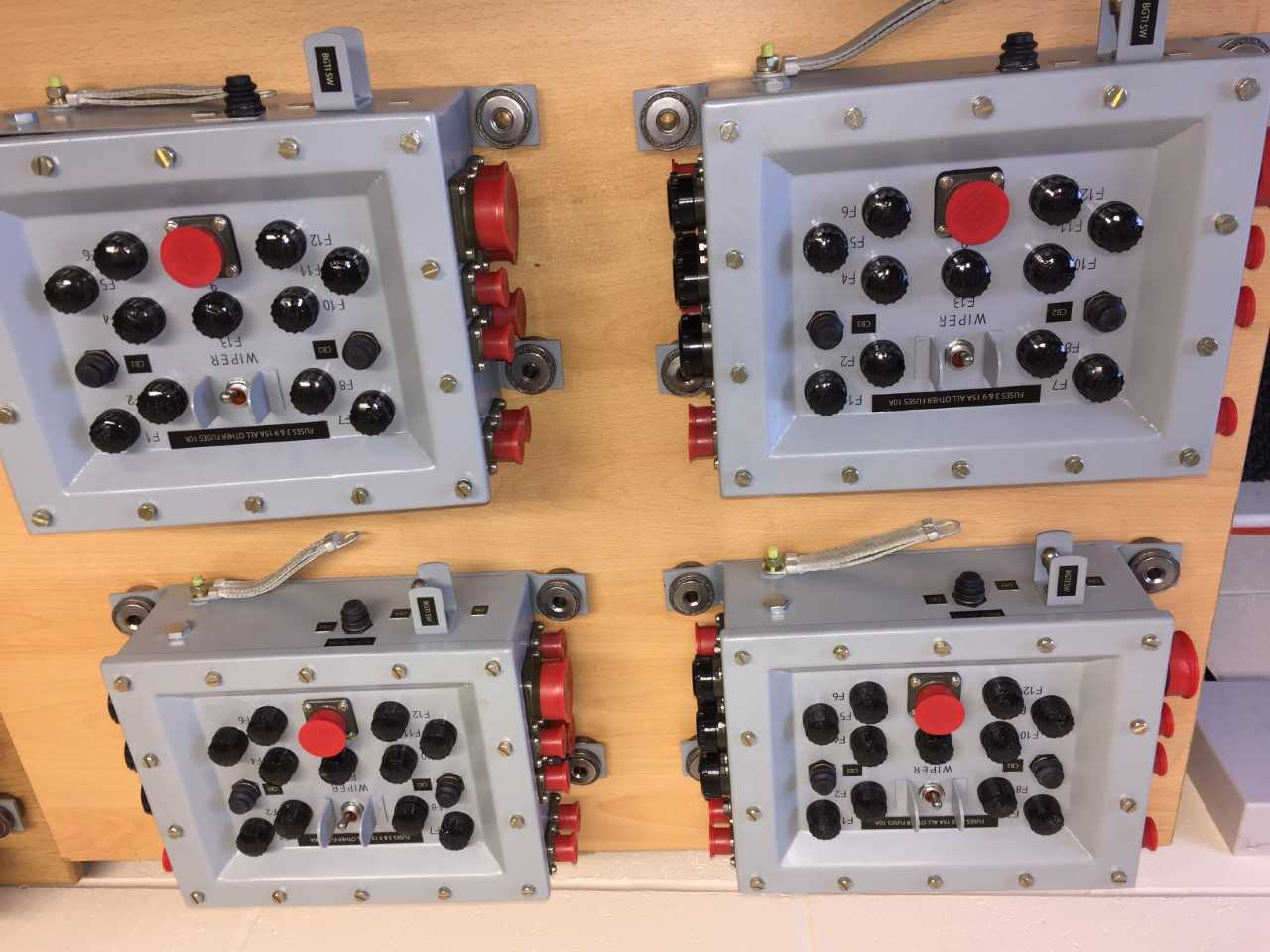 hight resolution of control power supply box assembly cvrt fuse panel