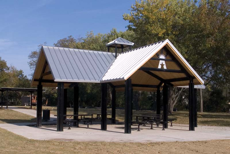 Park Pavilions T Shaped Or Cross Shaped Park Shelter