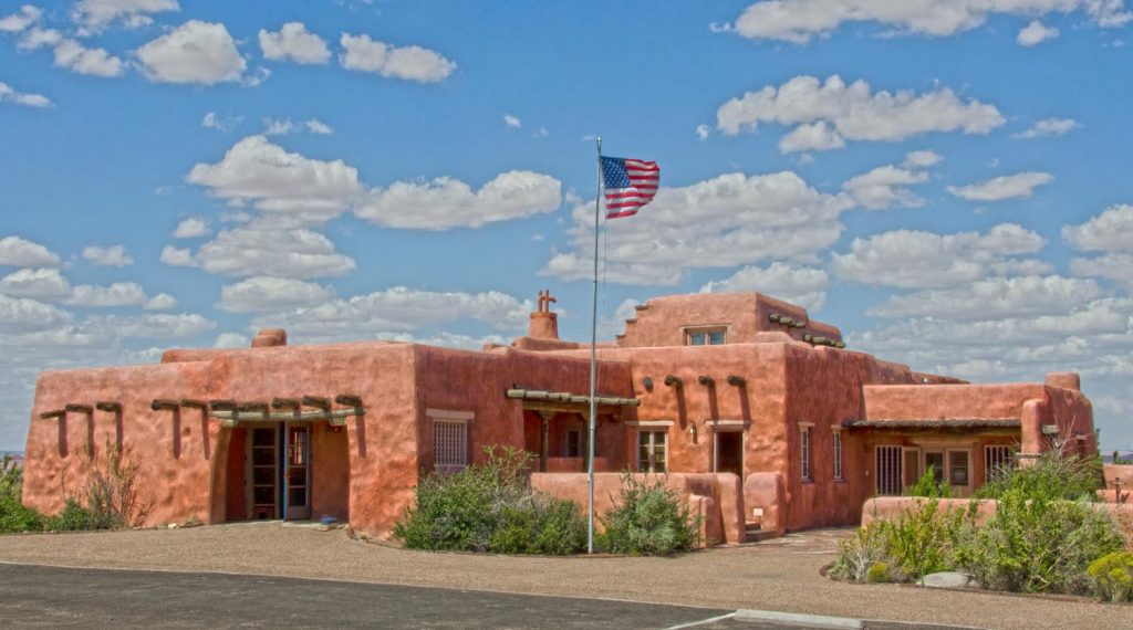Photo Tripping America - Route 66 Eastern Arizona - Camping World