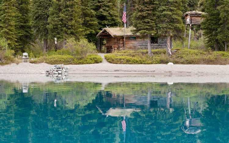 Photo Tripping America - Lake Clark - Camping World