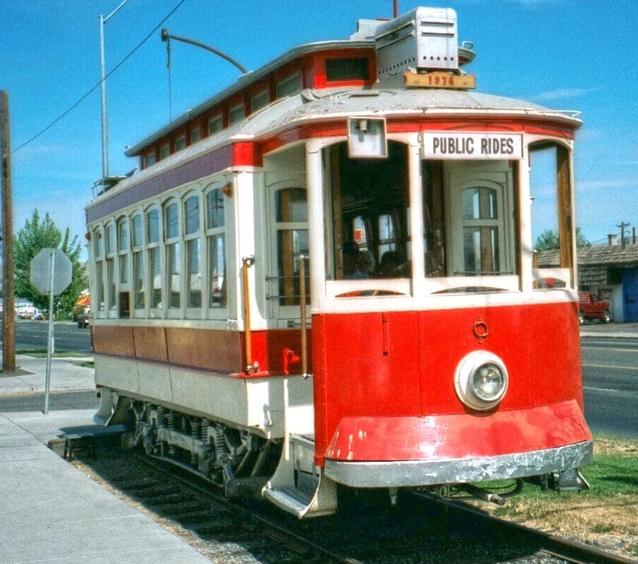 Yakima Valley Trolley parked