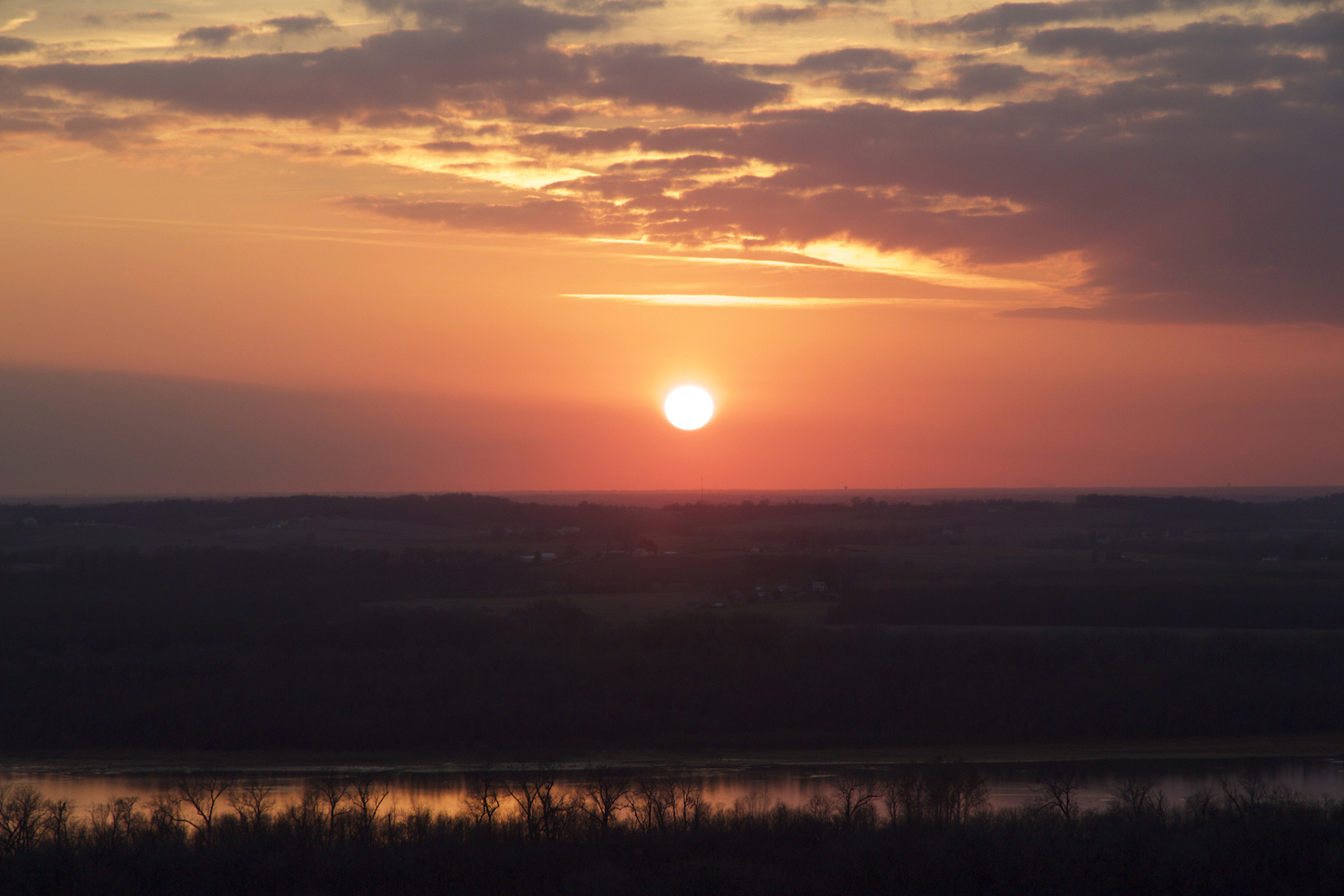 Sunset over the Illinois River at Pere Marquette State Park, near Grafton, IL.