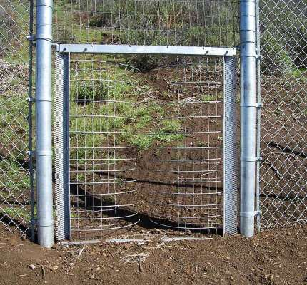 One Way Wildlife Gate