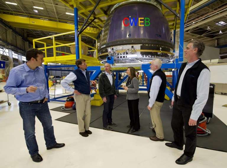 NASA_Deputy_Administrator_Tours_Blue_Origin