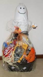 halloween-basket-for-baskets-of-hope-2011