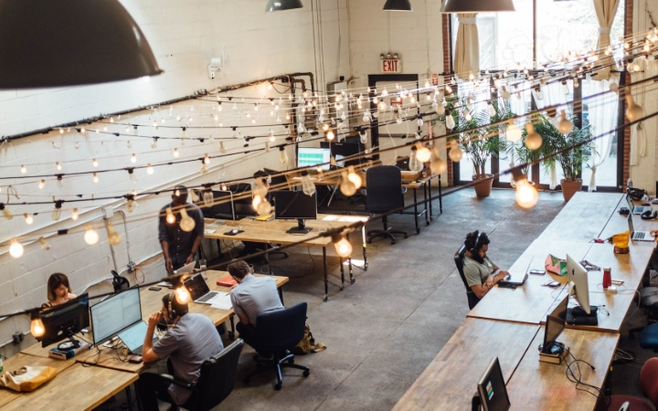 ▷ Everything you need to know about the birth of Coworking spaces