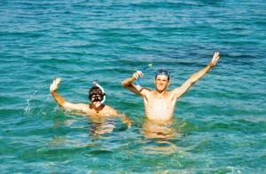 Séance de masque et tuba dans les criques d'Amorgos