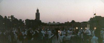 ma1999-jemaa-el-fna-crepuscule