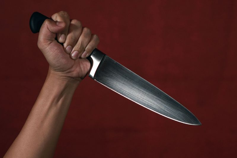 A Mutare Woman Stabs Niece With Kitchen Knife, Sucks Blood.