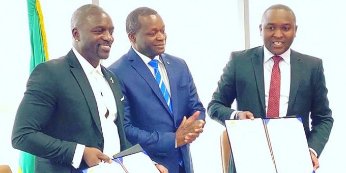 Akon Finalizes The Agreement For His 'Akon City' in Senegal