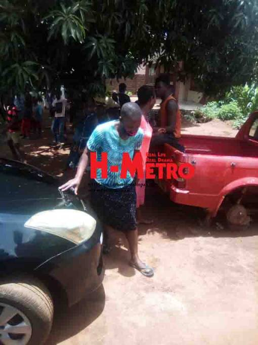 Drama As Woman Is Stripped, Assaulted, Forced To Drink Sewage For Dating A Married Mechanic