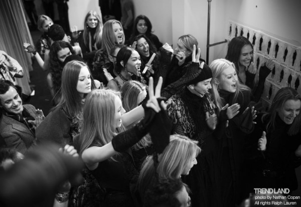 ralph lauren backstage nyfw10 21 600x413 From The First Sketches to the Runway: Exclusive Ralph Lauren Backstage