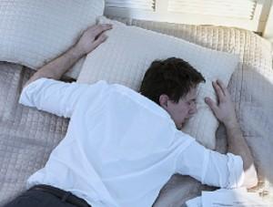 Posisi-tidur-tengkurap