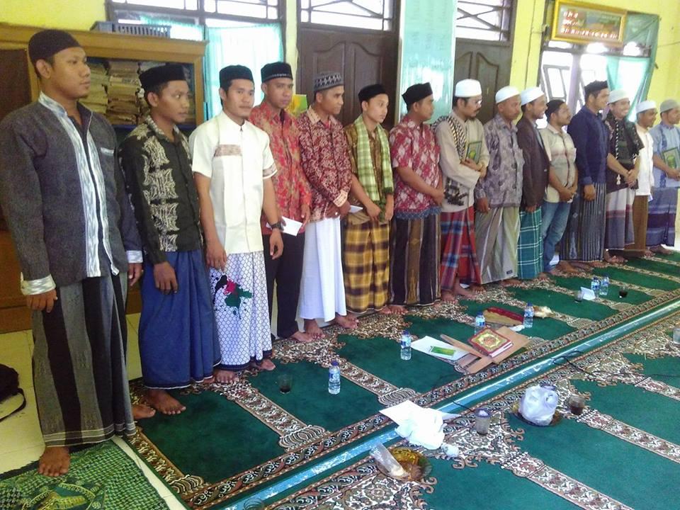 IKSADI,Ikatan Santri dan Alumni Dayah Darul Hikmah Islamiyah